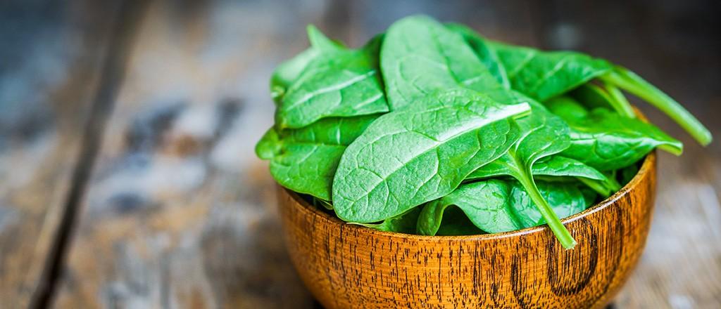 Espinafre: 34 benefícios, informação nutricional e malefícios