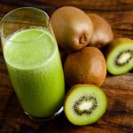 beneficio do suco de kiwi