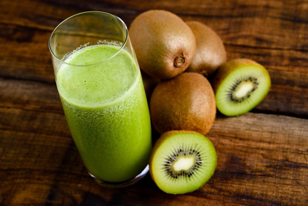 beneficio do suco de kiwi