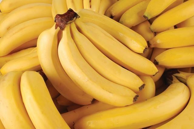 Banana: 40 benefícios, informação nutricional e malefícios