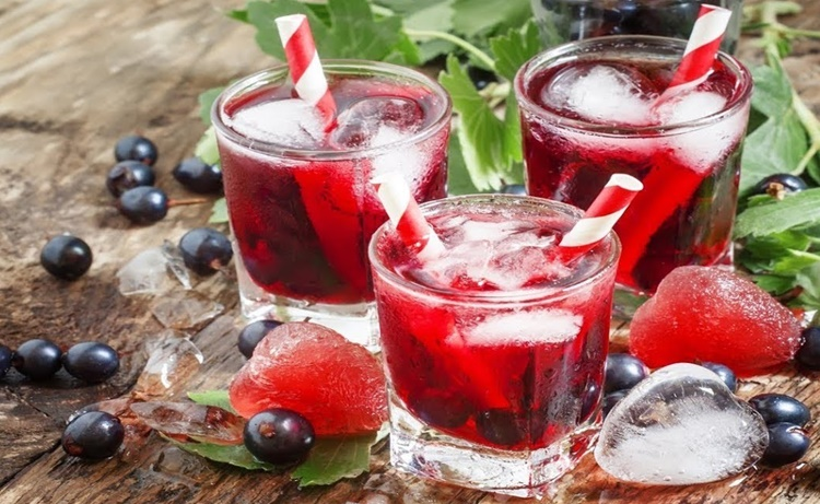 beneficios do suco de groselha