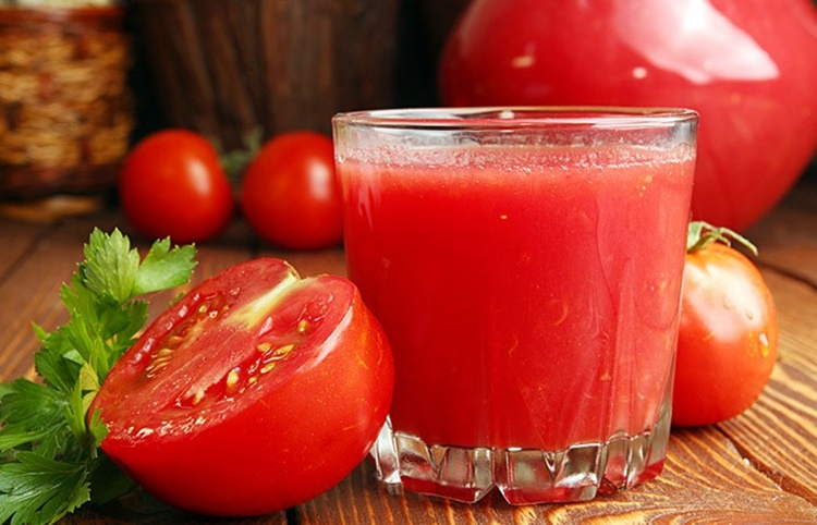 beneficios do suco de tomate