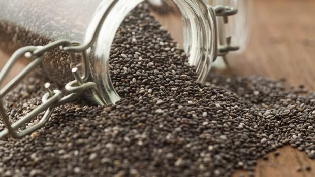 Chá de Chia serve para quê? Veja benefícios e como fazer