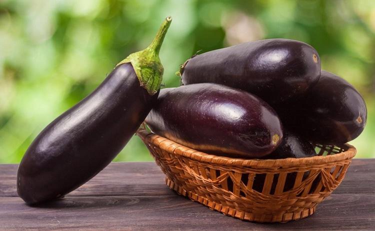 Berinjela: 40 benefícios, informação nutricional e malefícios