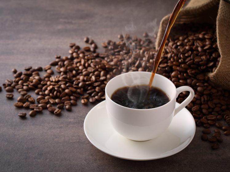 Café: 40 benefícios, informação nutricional e malefícios