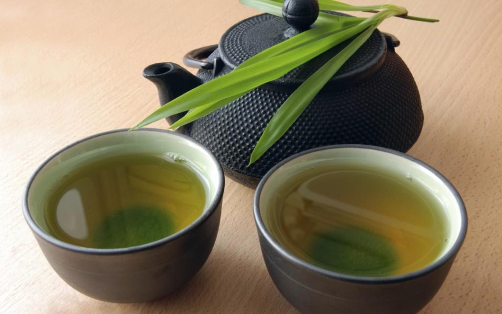 Chá de Capim Santo serve para quê? Veja benefícios e como fazer