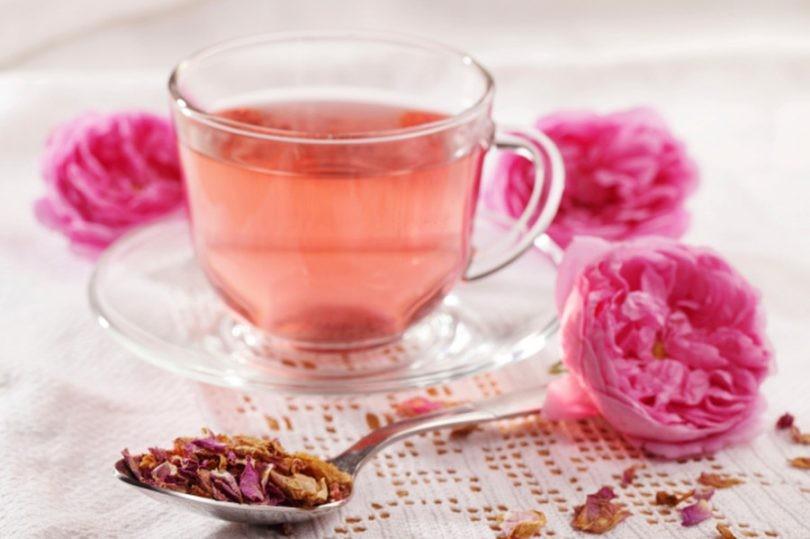 Benefícios do Chá de Rosa Roxa