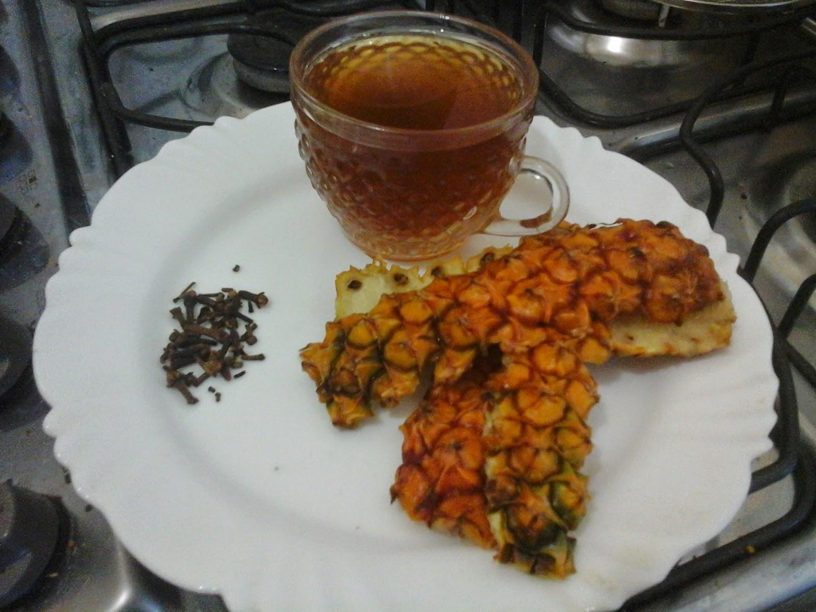 chá de casca de abacaxi