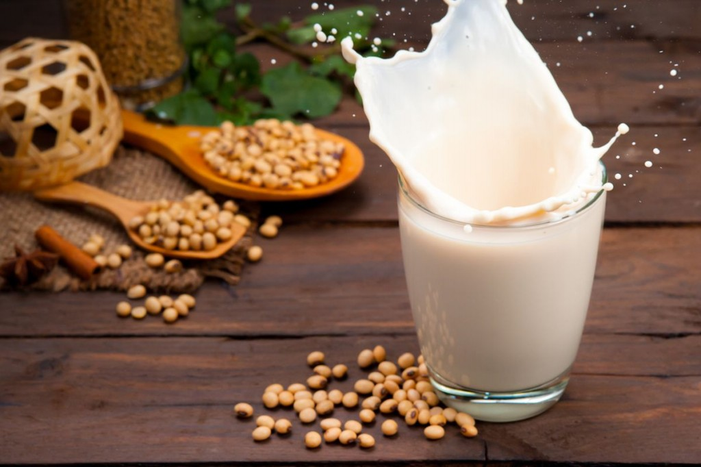beneficios do leite de soja