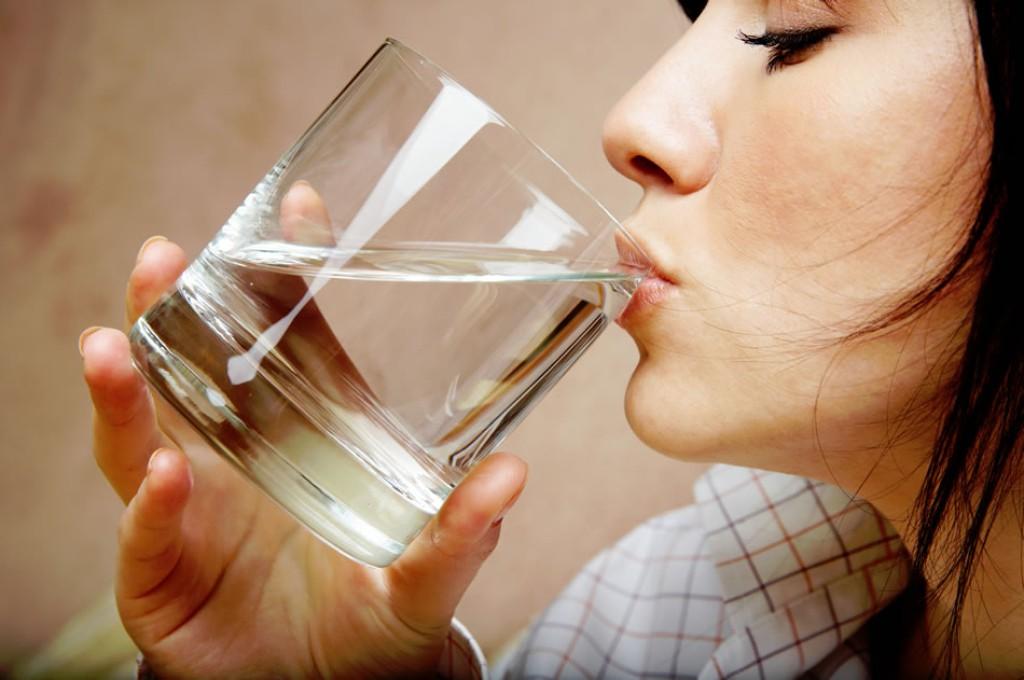 emagrecer bebendo agua